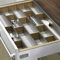 Лоток для столовых приборов OrgaTray 900 Deluxe 1 для InnoTech, модуль 600, 462х520 мм, бук/сталь, Hettich